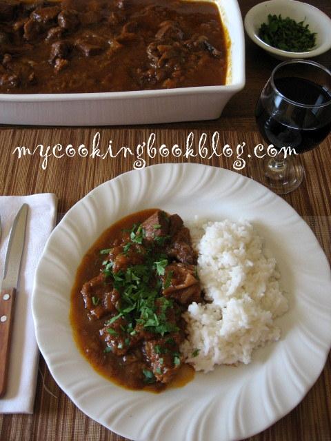 Телешко Стифадо (Beef Stew)