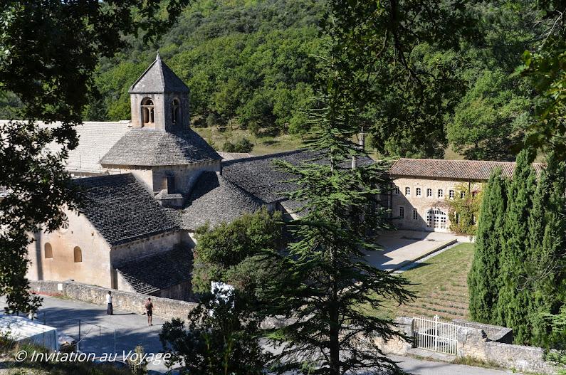 Abbaye Senanque, sentier du Maquis