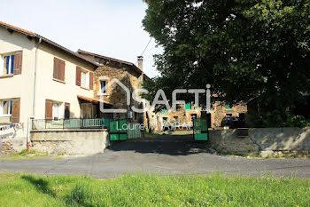 maison à Montclard (43)
