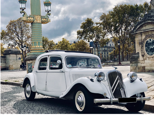 Private sightseeing tour in Paris