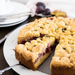Plum Cake with Streusel.
