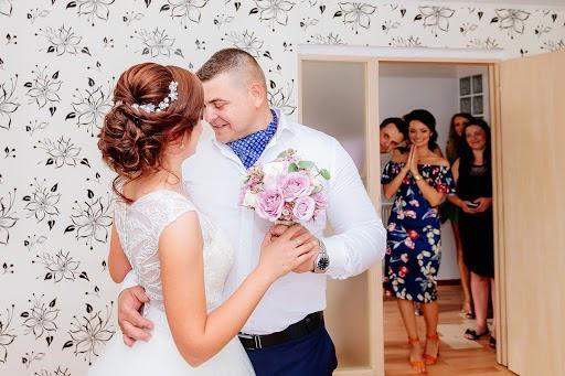 Wedding photographer Petronela Serbanescu (petronela_serba). Photo of 21.02.2019