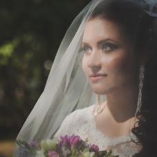 Wedding photographer Aleksandra Burilina (DiHHka). Photo of 25.11.2014