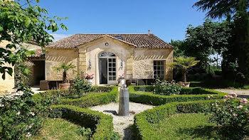 propriété à Les Salles-de-Castillon (33)