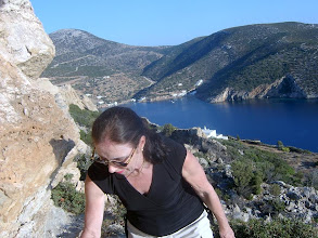 Photo: Terttu vuorikiipeilijänä Sifnos-saarella.