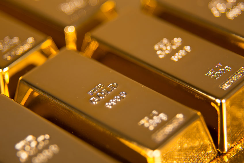 Gold set for biggest weekly loss since August as dollar weighs