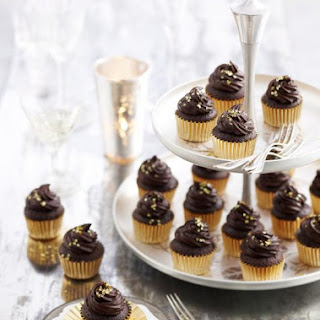 Mini Chocolate Cupcakes with Ganache