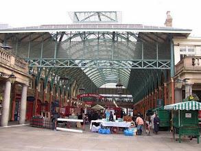 Photo: Covent Garden ..... de sfeervolle overdekte markt.