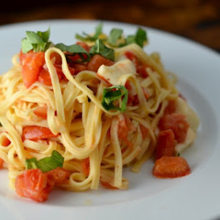 Counter-Marinated Tomato + Garlic Pasta