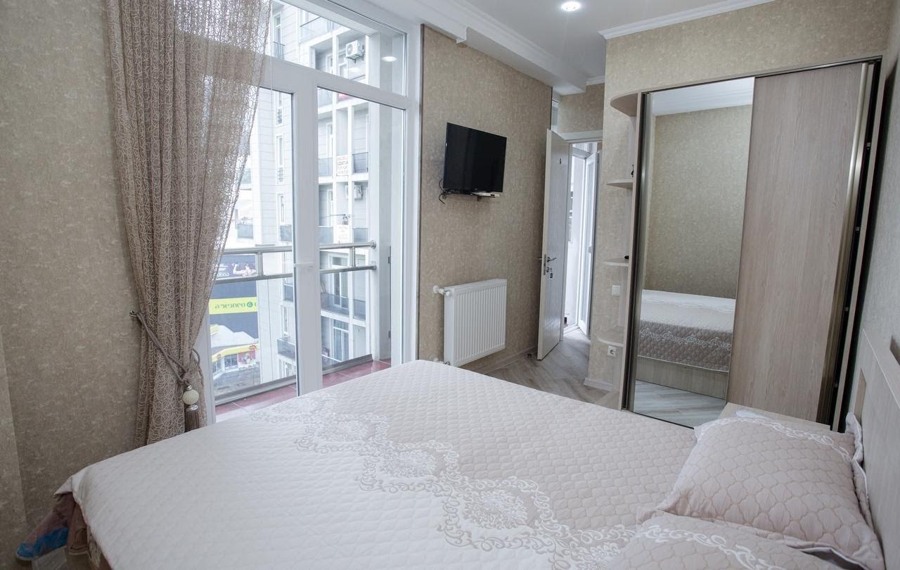 zhile-v-batumi-5-rooms