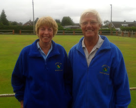 Photo: Alwyn & Hilda Jones Mixed Pairs Winners