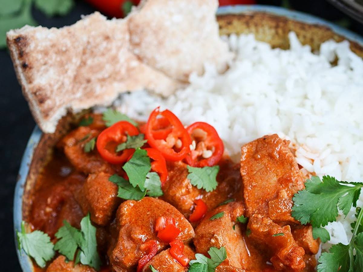 Slow Cooked Spicy Chicken Curry