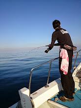 """Photo: """"金崎さん""""、ヒットしましたが・・・またバレました。 水面近くでバレたので魚は見えましたが。 ん。ヤガラでした。"""