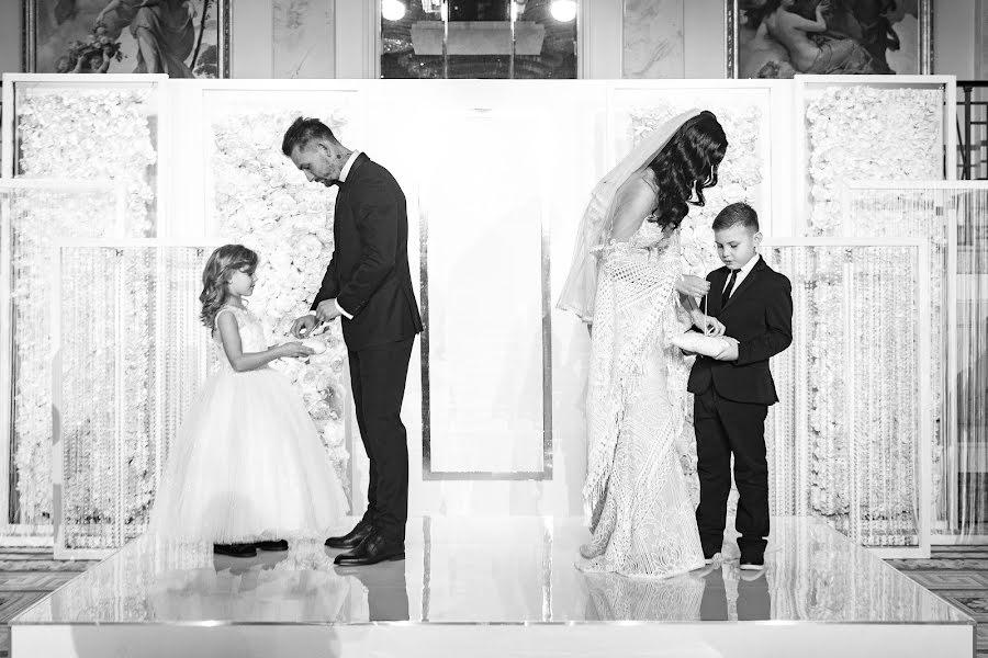 Wedding photographer Yuriy Gusev (yurigusev). Photo of 18.12.2019