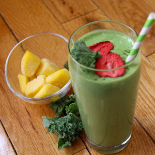 Tropical Green Smoothie with Metamucil.
