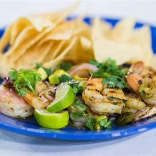 10-Minute Grilled Shrimp and Avocado Salad