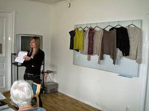 Photo: Nina hade inte bara överraskningsstickning utan också workshop i att räkna ut sitt eget mönster