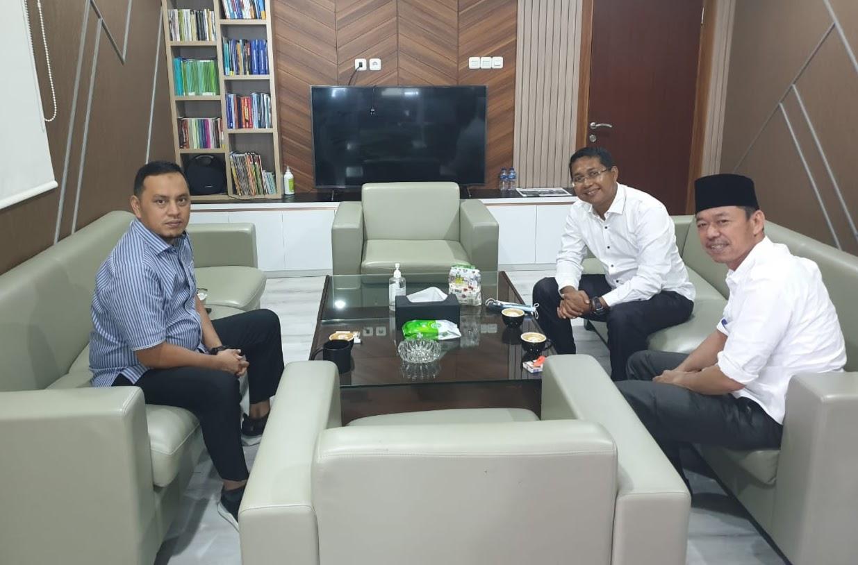 Bupati Rohil Afrizal Sintong Melakukan Konsultasi Komunikasi Dengan Anggota DPR RI Willy Aditya di Gedung Senayan Jakarta