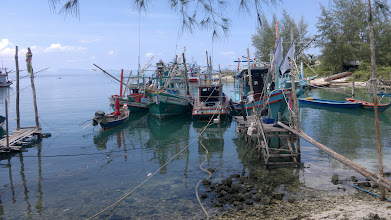 Photo: 15 minutes walk from bung, where I can get fresh fish every morning.