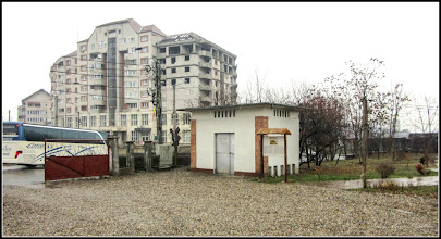 Photo: Turda - Piata Romana, Nr.17 - spatiu verde  - 2018.12.08