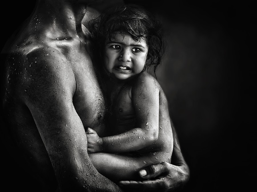 warmth BW by Piet Flour - People Family ( dad with kids, dad and kid )