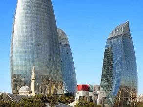 Photo: A Lángtornyok, Baku Baku, felhőkarcolók Bakui felhőkarcolók