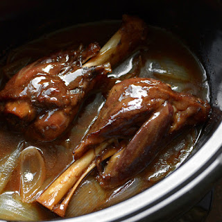 Slow Cooker Honey Balsamic Lamb Shanks Recipe