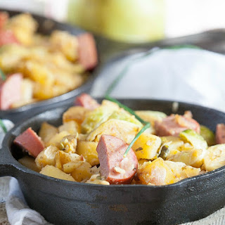 Healthy Kielbasa, Brussels Sprouts, Potato & Pear Skillet #SundaySupper.