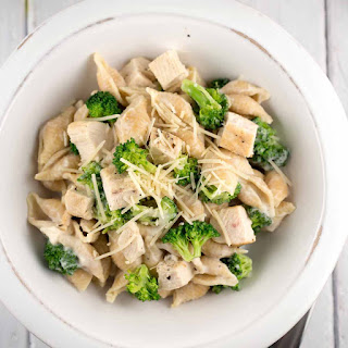 Creamy Chicken Broccoli Pasta with Cauliflower Sauce