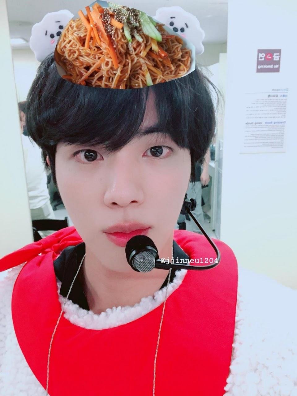 bts jin cold noodles 1