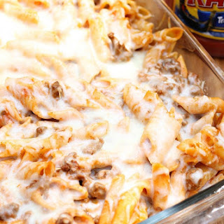 Baked Red and White Mostaccioli.