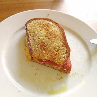 Raketes Chili Cheese Sandwich für zu Hause