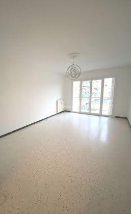 Vente appartement 3 pièces 62,79 m2