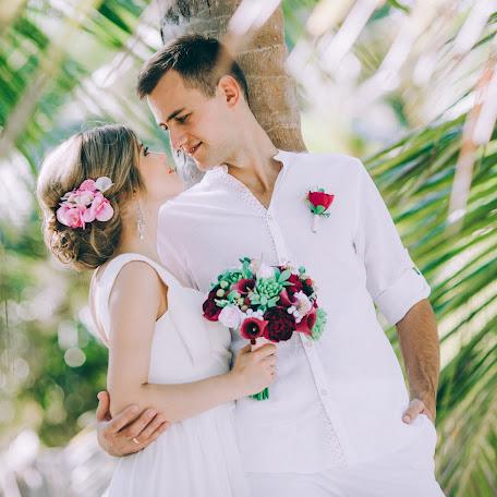 Wedding photographer Valeriya Ezhova (otvsegda). Photo of 11.01.2018