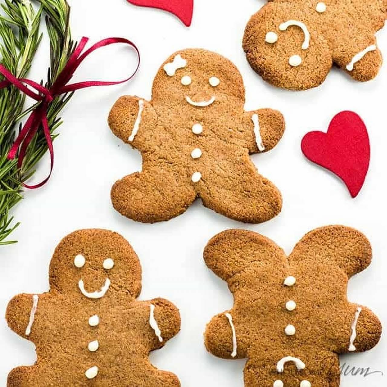 Sugar-free Gingerbread Cookies (Low Carb, Paleo)
