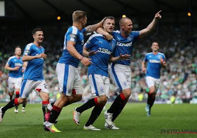 Les Glasgow Rangers tiennent leur coach pour la saison