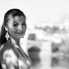 Wedding photographer Vladimir Mezin (vladimirM). Photo of 06.05.2017