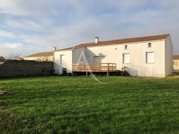 maison à Beaugeay (17)