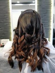 Esvee Hair Studio photo 4