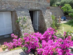 Photo: ... im Sommerhaus seiner Eltern, direkt an der Küste der toskanischen Halbinsel Monte Argentario: ...