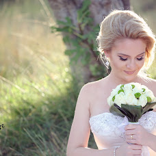Wedding photographer Flor Abazi (florabazi). Photo of 18.04.2016