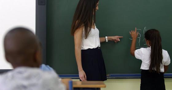 Educación oferta 3.884 plazas de maestros interinos en Andalucía