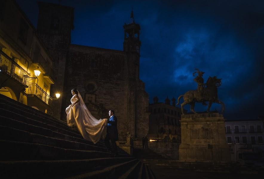 Wedding photographer Eliseo Regidor (EliseoRegidor). Photo of 15.01.2018