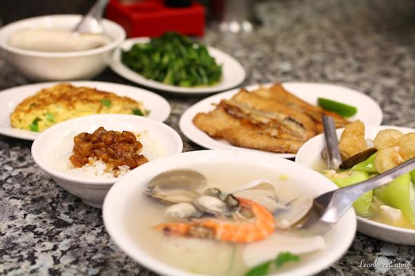 阿財虱目魚肚.西門町排隊宵夜,想吃只有在半夜!魯肉飯、煎魚肚、海鮮粥…