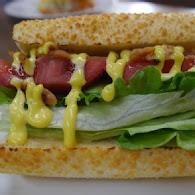 蕃茄村漢堡(台北八德店)