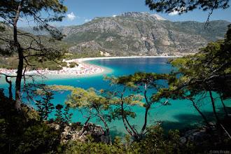 Photo: the turquoise waters of Ölüdeniz