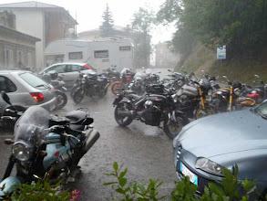 Photo: 11 giugno sabato - quinta sosta FORZATA GrisoGiro - troppa acqua