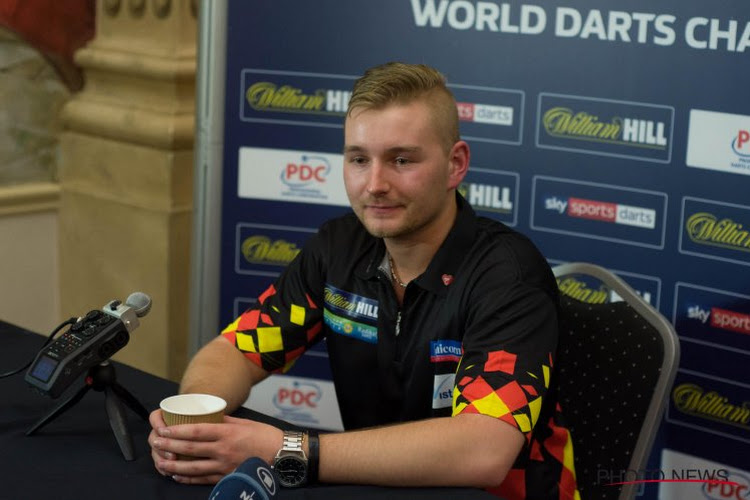 Dimitri Van den Bergh pakt punt na fraaie comeback maar moet donderdag winnen om finaleronde te halen