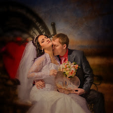 Wedding photographer Katerina Aleksandrova (Katerinaa63). Photo of 15.06.2014