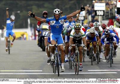 📷 Wow! Zo ziet Mario Cipollini eruit op zijn 53